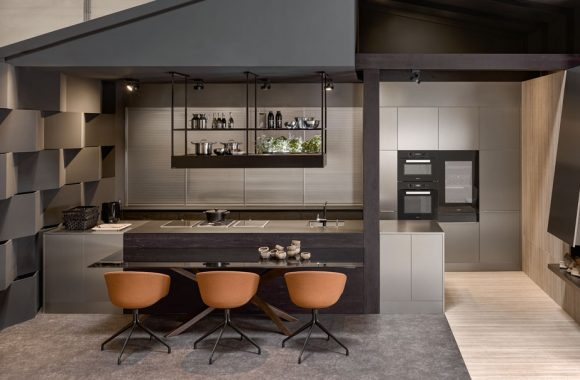 KH Küchen :  NEU im Miele Center Rehrl in Salzburg