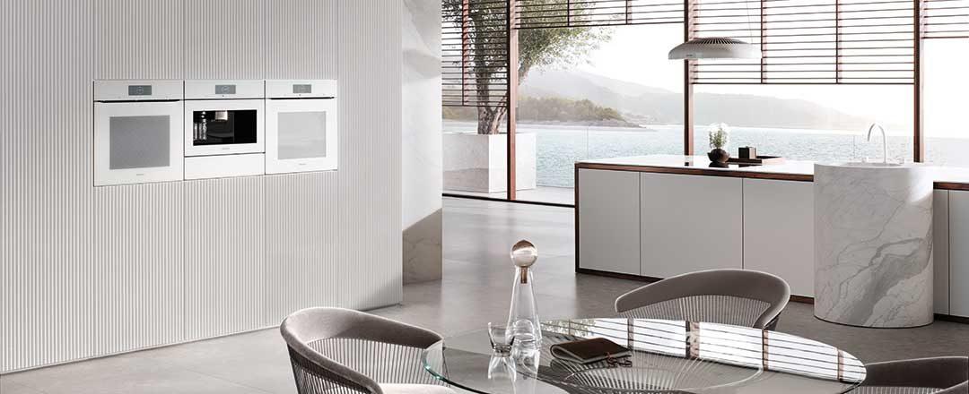 Klare Linien und hochwertige Funktionalität für Ihre Küche - Generation 7000 bei Miele Center Rehrl in Salzburg