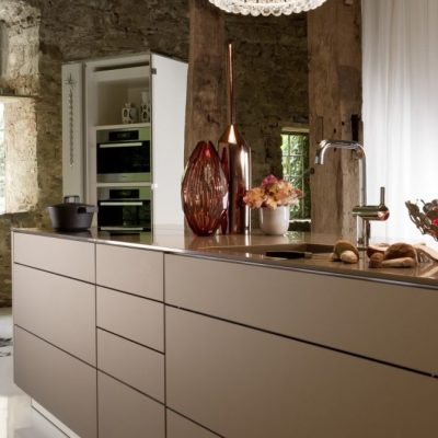 Warendorf Authentic Küche Bronze | Miele Center Rehrl Salzburg